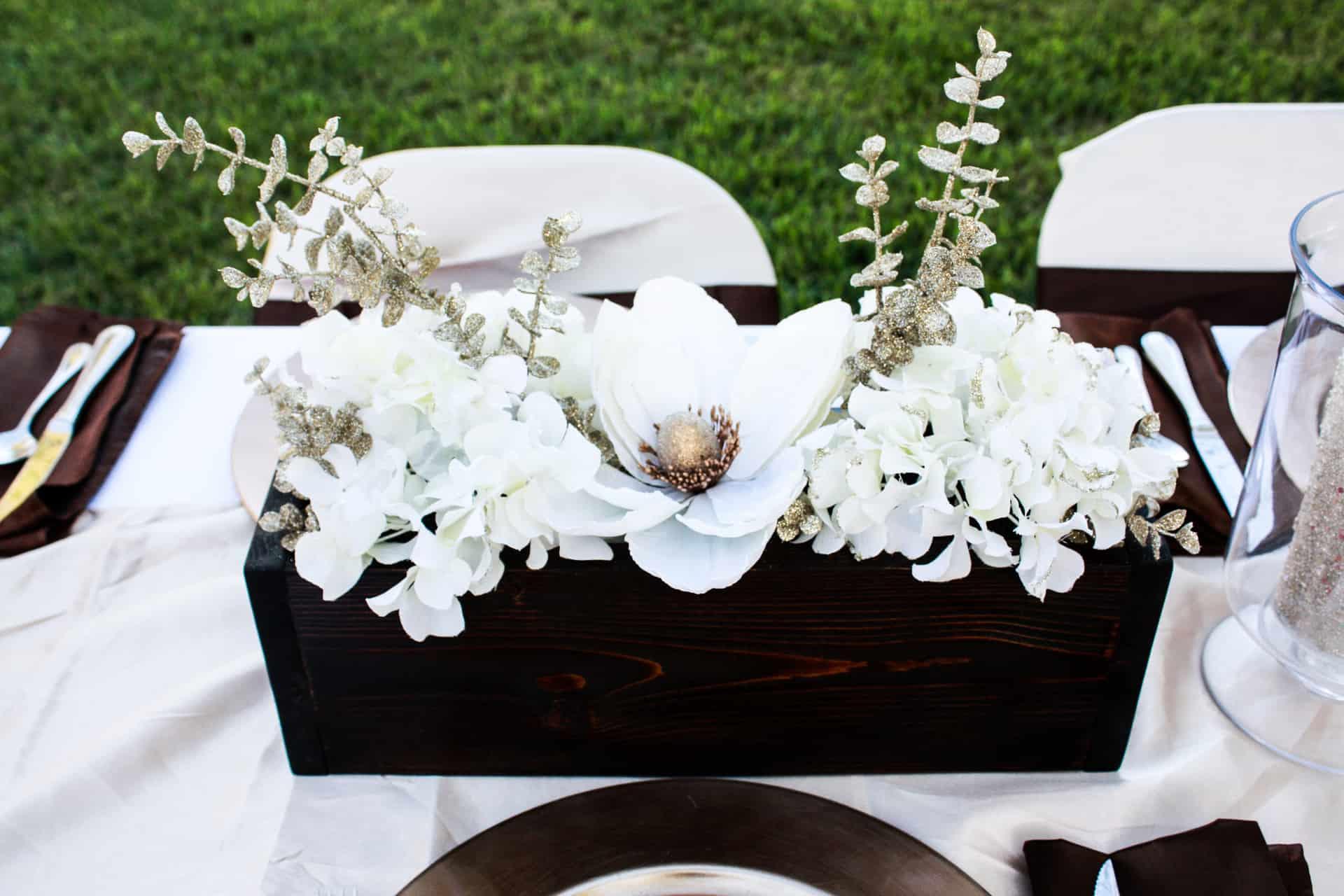 DIY Wood Planter Box - table decor