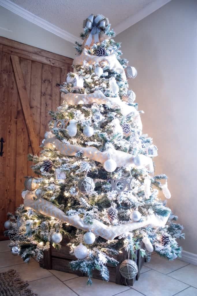 DIY Christmas Tree Crate Skirt