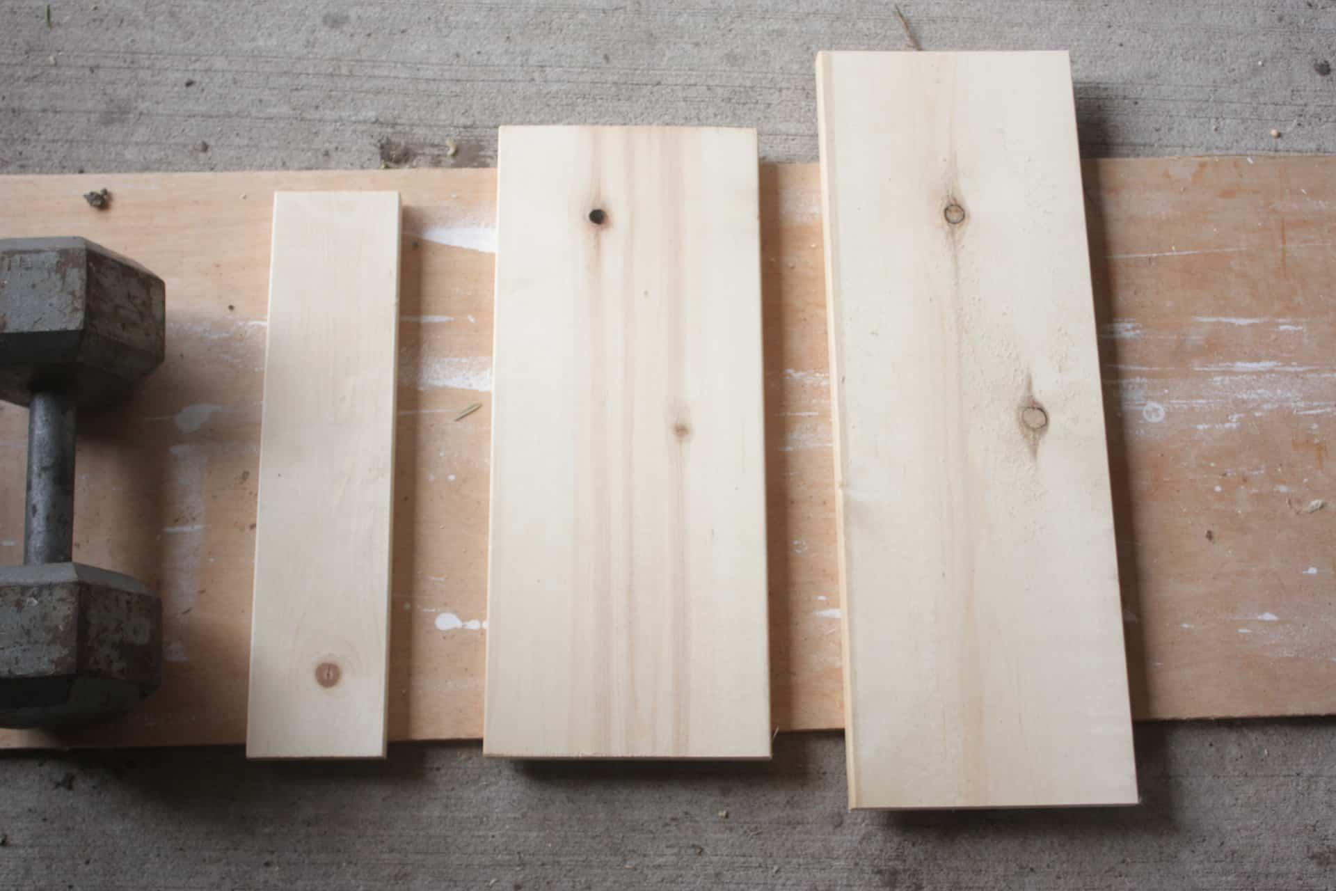 Wood needed to build the wooden deer