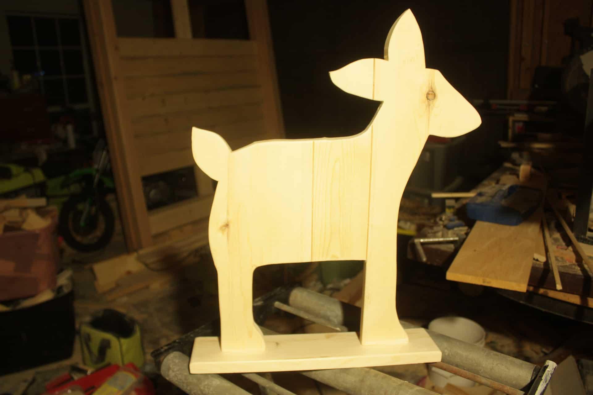 Building the DIY wood deer decor