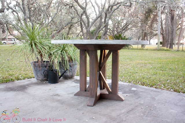 DIY Round Concrete Dining Table