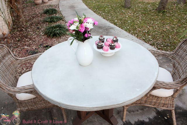 Diy Round Concrete Table Top The Inspired Workshop