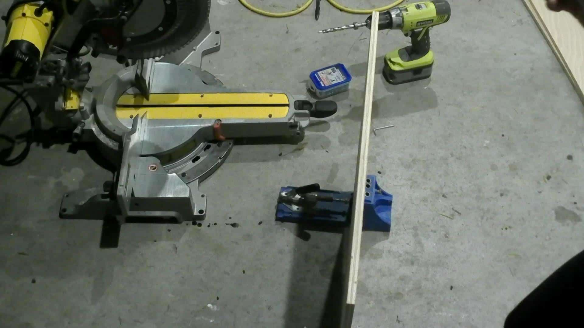 Drilling pocket holes with the Kreg Jig