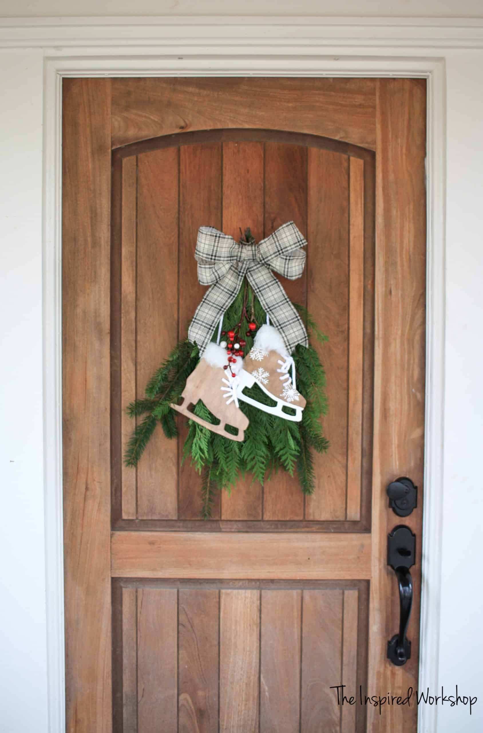 DIY Ice Skate Christmas Decor