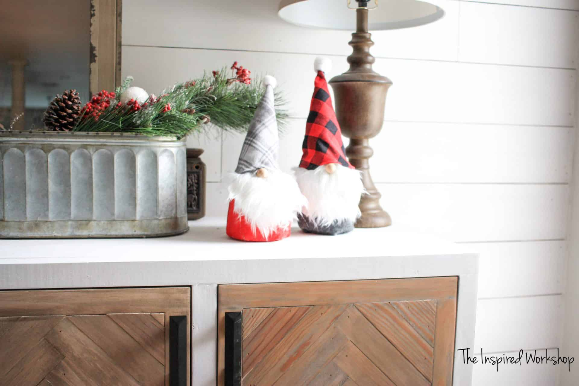 DIY Christmas Gnomes - no sew gnomes