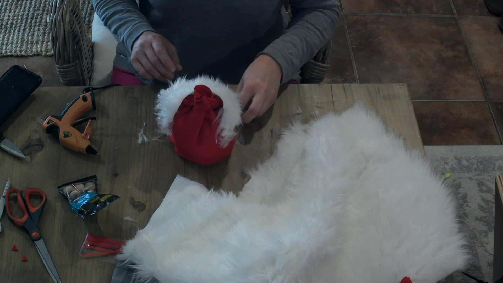 DIY Holiday Gnomes - making the beard