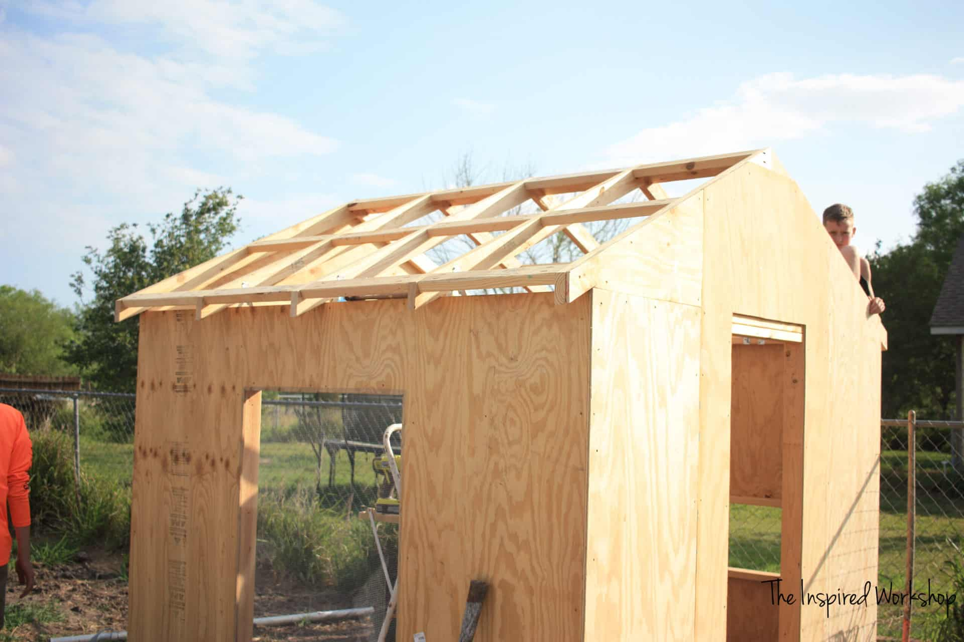 DIY Chicken coop - free plans to build your own