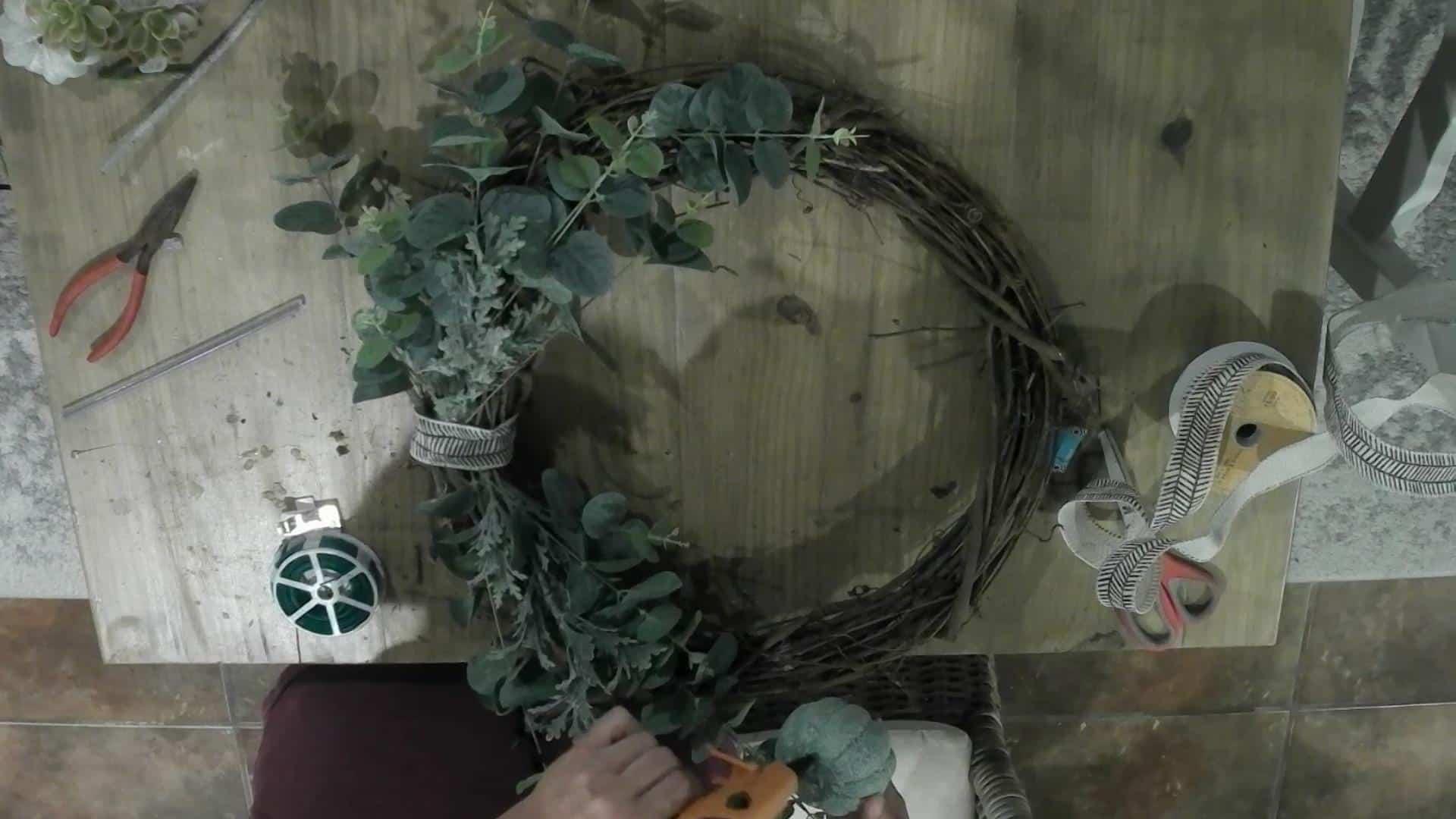 DIY Front Door Wreath for Fall