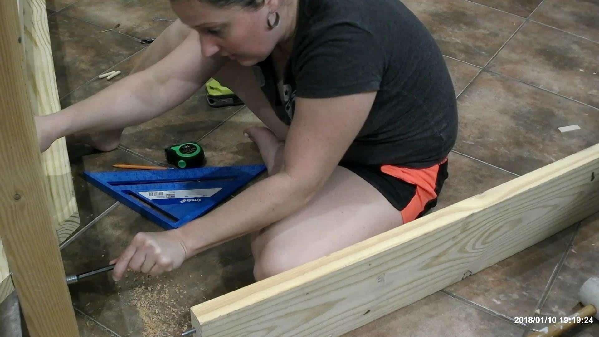 DIY Queen Bed - how to build a queen size bed