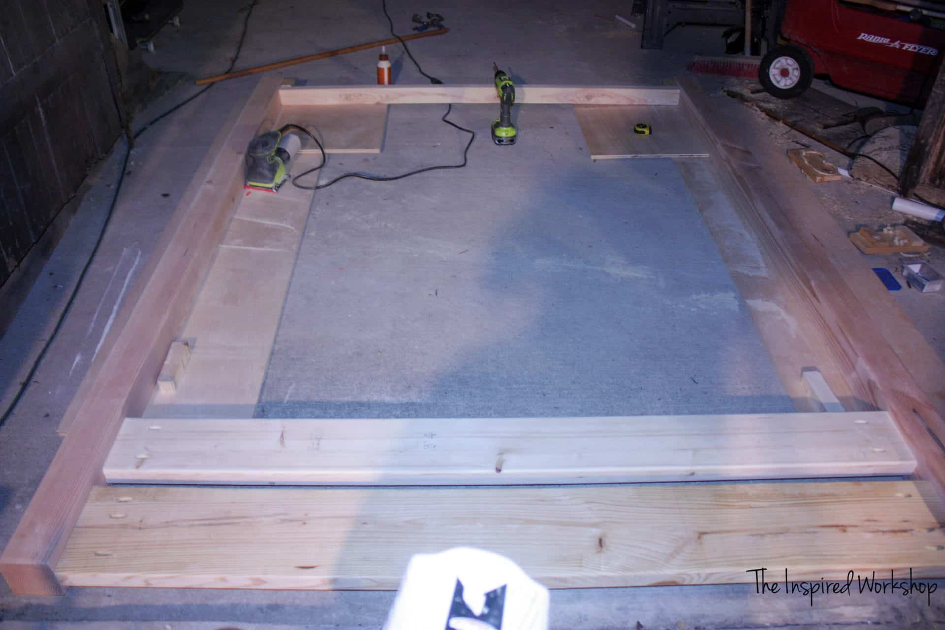 Footboard for the diy queen bed frame